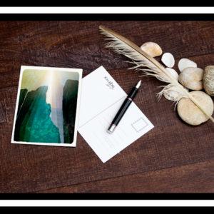 carte-postale Bretagne : falaise et légendes